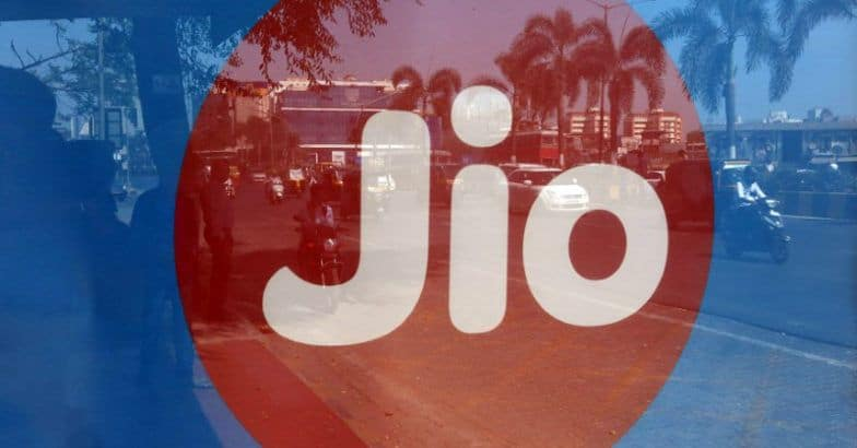 Reliance Jio MPoS installation can connect several kirana stores to 4G network